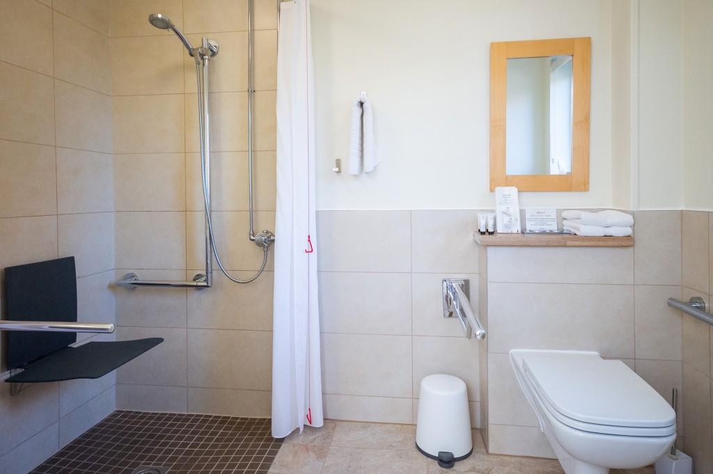 Molletts-Farm_Snape_Studio_Bathroom_117